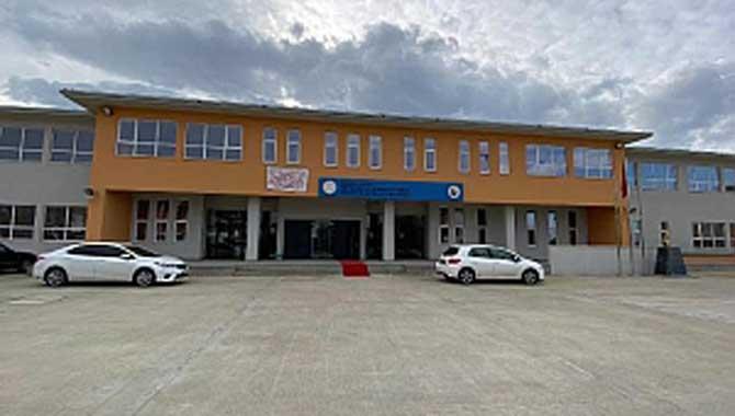 8 Yeni Okul Kazandırıldı.