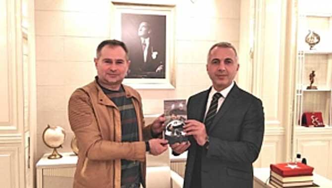 'Bizim 'Akif Yener' dedi...