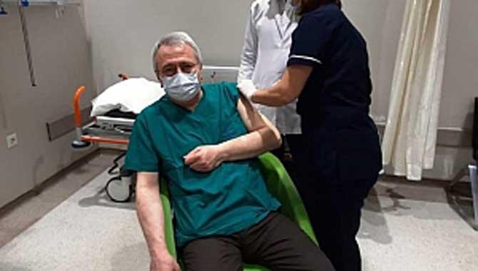 İlk aşı uygulaması