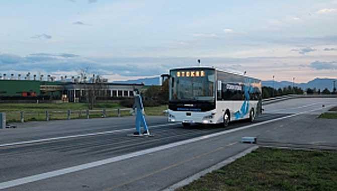 Sürücüsüz otobüs testleri başarıyla geçti