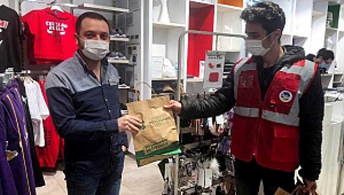 Büyükşehir'den ücretsiz maske ve dezenfektan