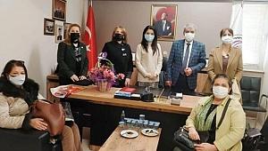 "CHP'Lİ KADINLARDAN ""MÜCADELE"" MESAJI"