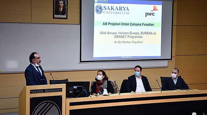 SAÜ'de AB Projeleri Bilgilendirme Toplantısı Düzenlendi