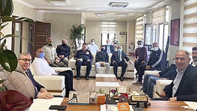 AK Parti Adapazarı ilçe Başkanı ve yönetimi ASKF ziyaret etti