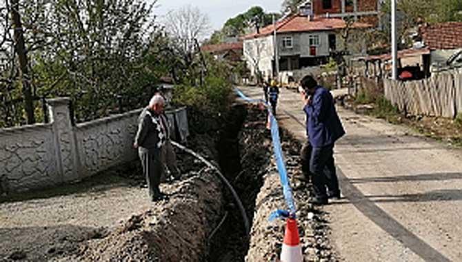 Bakırlı Mahallesi'nde içmesuyu hattını yenileniyor