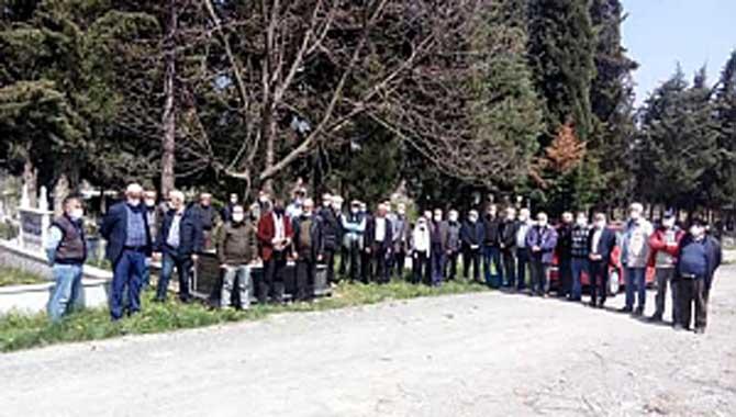 CHP İL ÖRGÜTÜ, AYDOĞAN SEZER'İ MEZARI BAŞINDA ANDI