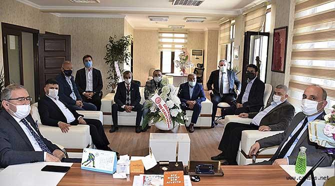 Erenler Belediye Başkanı Kılıç, ASKF'nu ziyaret etti