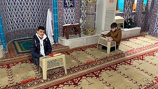 Hafızlık Öğrencilerimiz Ramazana güzellik katıyor