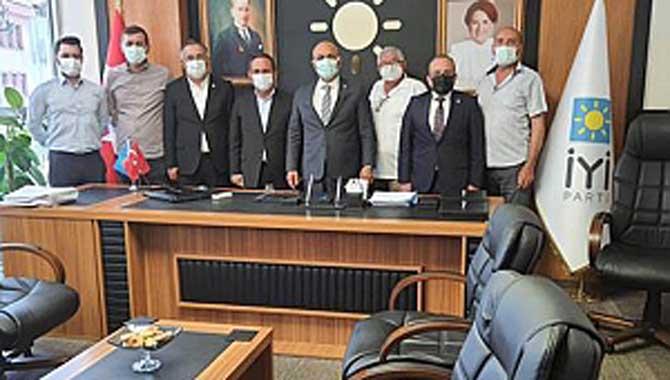 CHP Sakarya İl Örgütü'nden İYİ Parti Ziyareti