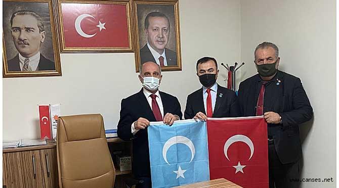 Doğu Türkistan Cumhurbaşkanı Osman'dan; AK Parti'ye ziyaret…