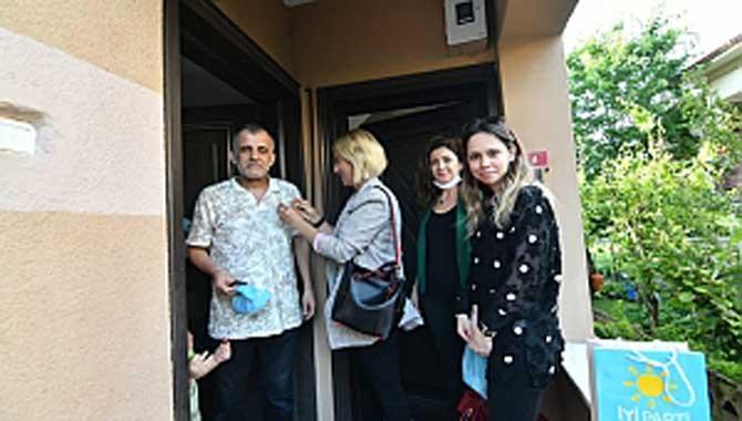İYİ Parti Serdivan kadınları sahada