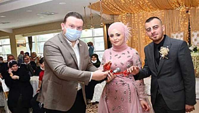 Sakarya'lı iş insanı Resul Belat'ın oğlu nişanlandı
