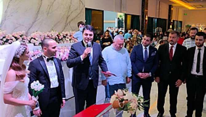 Adapazarı Belediye Başkanı Mutlu Işıksu Nikah Töreninde