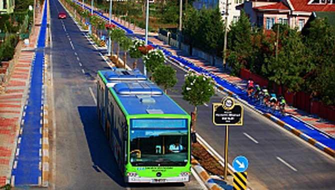 Büyükşehir Korucuk'ta ulaşım sorununu çözüme kavuşturdu