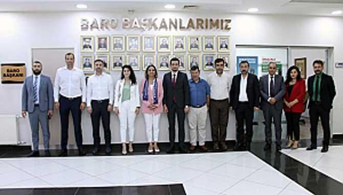 CHP Kadın Kolları ve İYİ Parti Serdivan'dan Baro Başkanı Yıldız'a ziyaret