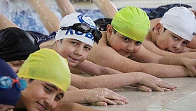 Sakarya'da Yüzme Bilmeyen Kalmayacak