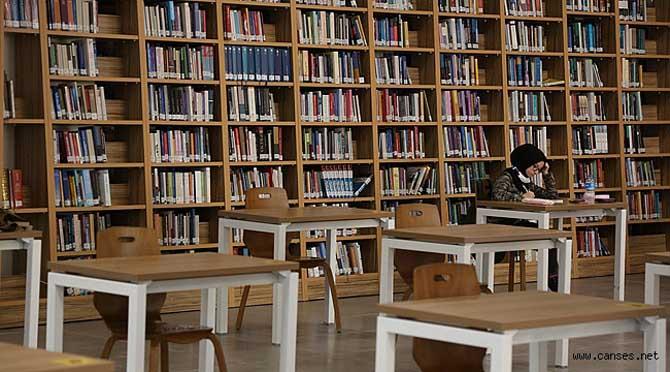 Serdivan'da Zengin İçerikli Kütüphane