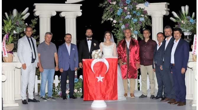 Böyle bir düğün görülmedi;