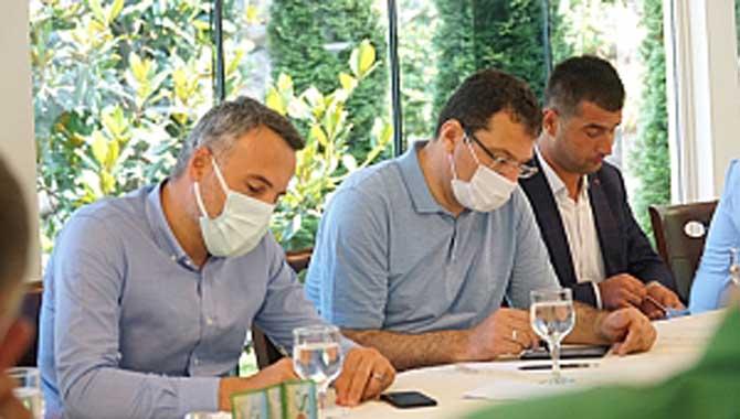 Genel Başkan Yardımcısı Yavuz, Sapanca'nın Muhtarlarıyla Bir Araya Geldi