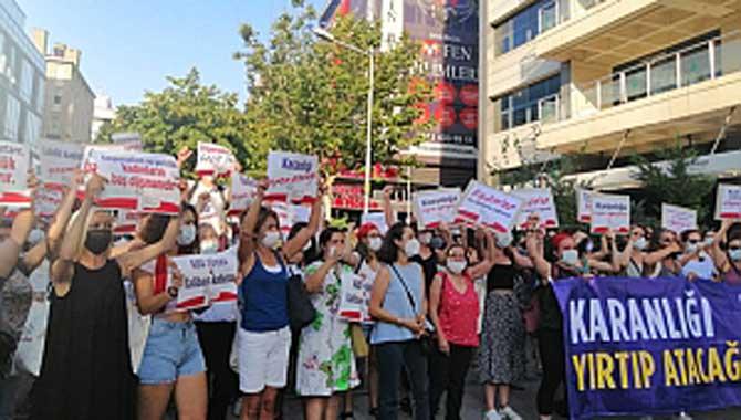 Kadın Dayanışma Komiteleri hukuksuz yasağı tanımadı ve Ankara'da buluştu