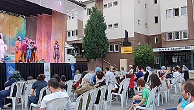 """""""Yunus Diye"""" Çocuk Tiyatrosu Sapanca'da Sergilendi"""