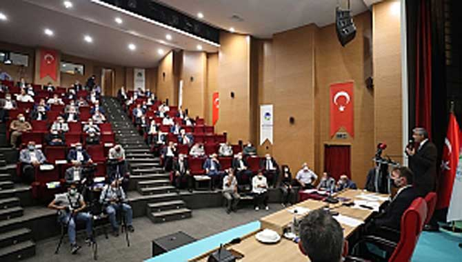 Başkan Yüce, mecliste müjdeyi verdi Büyükşehir, Sakarya'ya lunapark kazandırıyor