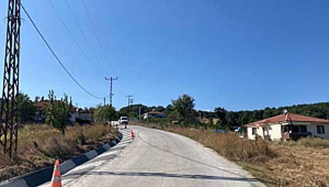 Büyükşehir V Kanal imalatı ile yolları koruyor