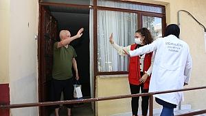 Serdivan'da Yaşlılar Evlerinde Ziyaret Edildi