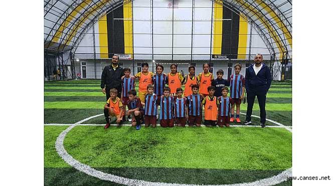 Trabzonspor Sakarya Futbol Okulundan Muhteşem Turnuva