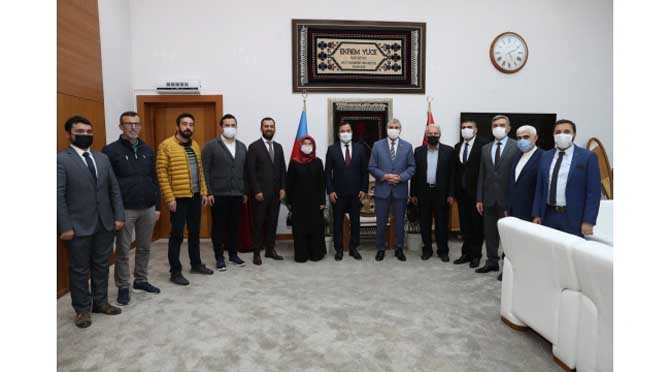 Yeni Dünya Vakfı'ndan Başkan Ekrem Yüce'ye ziyaret