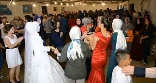ROMAN HAVASI SEVENLER 201A6 BOLU SALLAMA OYUNU BELLY DANCE